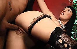 Paula Rowe loves to get nasty